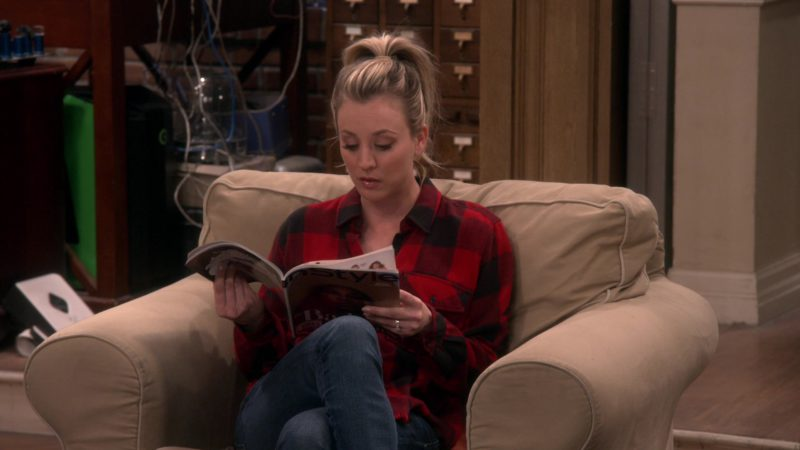InStyle Magazine Held by Kaley Cuoco (Penny) in The Big Bang Theory - Season 12, Episode 16, The D & D Vortex (2019) - TV Show Product Placement