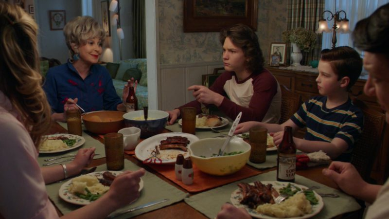 """Lone Star Beer in Young Sheldon - Season 2, Episode 19, """"A Political Campaign and a Candy Land Cheater"""" (2019) - TV Show Product Placement"""