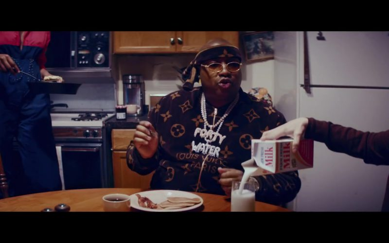 "Louis Vuitton Sweater Worn by E-40 in ""2 Dollar Bill"" by 2 Chainz ft. Lil Wayne (4)"