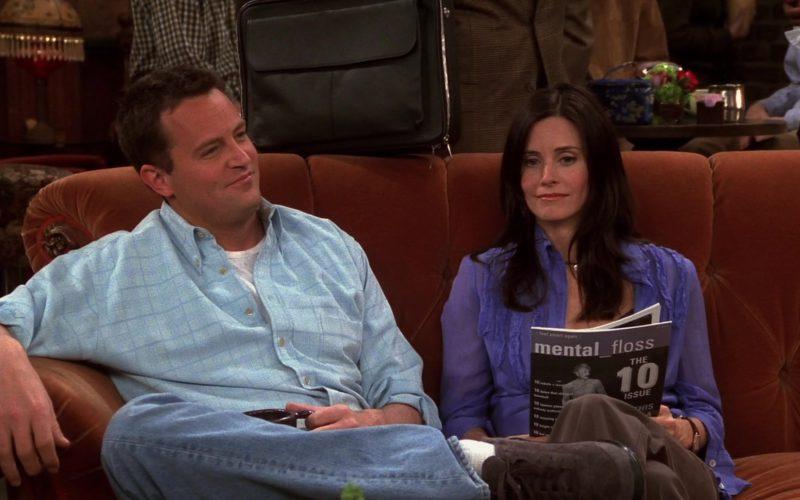Mental Floss Magazine Held by Courteney Cox (Monica Geller) in Friends Season 9 Episode 20 (6)