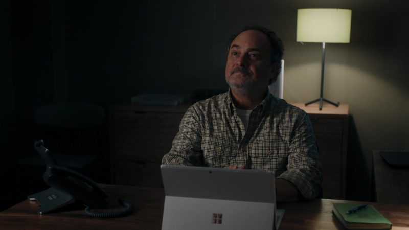 Microsoft Surface Tablet Used by Kevin Pollak (as Taylor's dad, Douglas Mason) in Billions – Season 4 Episode 5, A Proper Sendoff (2019) TV Show Product Placement