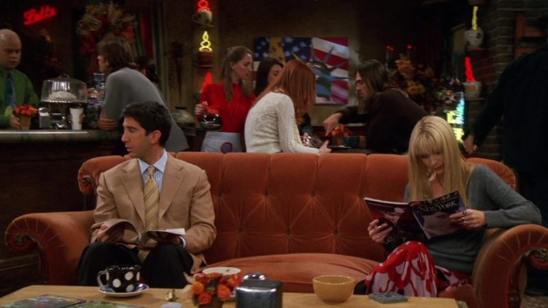 """New York Magazine Held by Lisa Kudrow (Phoebe Buffay) in Friends Season 8 Episode 10 """"The One With Monica's Boots"""" (2001) - TV Show Product Placement"""