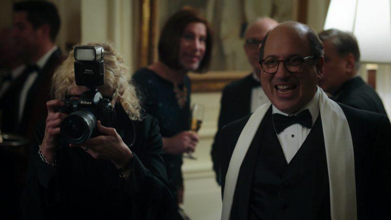 Nikon Camera in Billions - Season 4, Episode 6, Maximum Recreational Depth (2019) - TV Show Product Placement