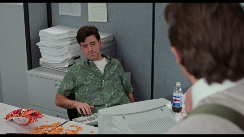 Pepsi Bottle in Office Space (1999) - Movie Product Placement