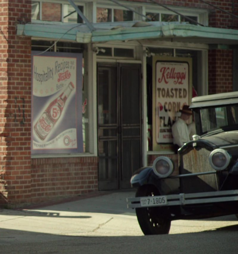 Pepsi Cola and Kellogg's Toasted Corn Flakes Posters in The Highwaymen (2019) - Movie Product Placement