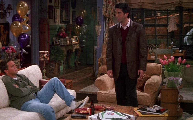 Pizza Hut and Puma Sneakers Worn by Matthew Perry (Chandler Bing) in Friends Season 9 Episode 12 (2)
