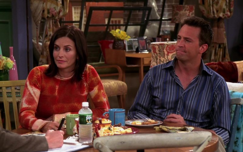 Poland Spring Mineral Water in Friends Season 10 Episode 7 (1)