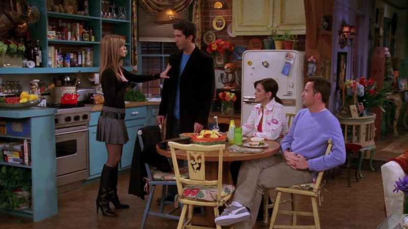 """Puma Shoes Worn by Matthew Perry (Chandler Bing) in Friends Season 10 Episode 15 """"The One Where Estelle Dies"""" (2004) - TV Show Product Placement"""
