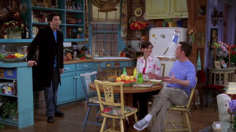 "Puma Shoes Worn by Matthew Perry (Chandler Bing) in Friends Season 10 Episode 14 ""The One With Princess Consuela"" (2004) - TV Show Product Placement"