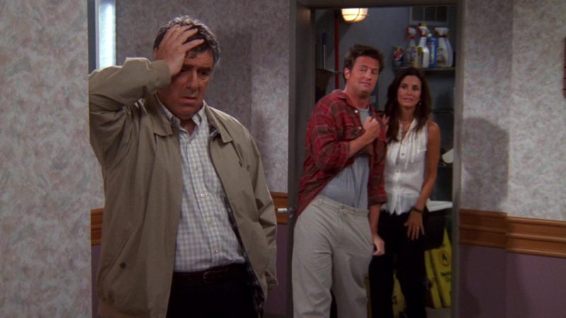 """Ralph Lauren Men's Jacket Worn by Elliott Gould (Jack Geller) in Friends Season 9 Episode 1 """"The One Where No One Proposes"""" (2002) - TV Show Product Placement"""