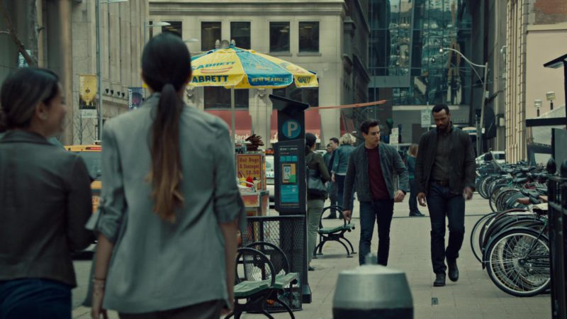 Sabrett Hot Dogs in Shadowhunters - Season 3, Episode 20, City of Glass (2019) - TV Show Product Placement