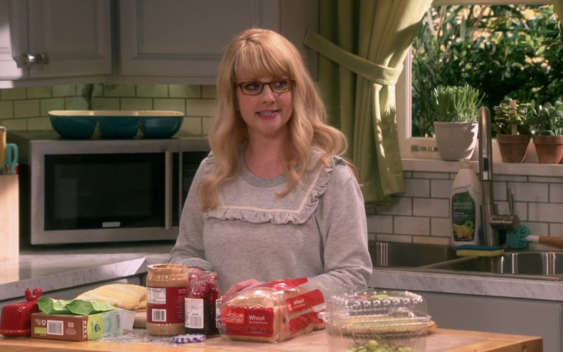 Safeway Value Corner Bread in The Big Bang Theory (1)