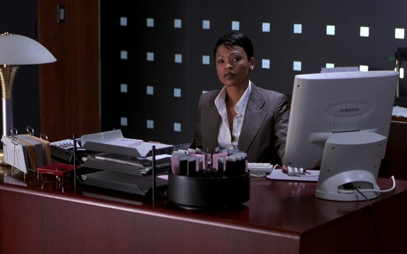 Samsung Computer Monitor Used by Nia Long in Boiler Room (1)
