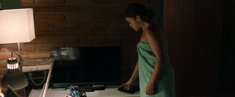 Sony TV Used by Gina Rodriguez in Miss Bala (2019) - Movie Product Placement