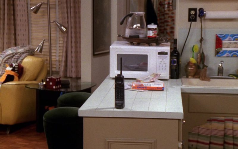 Sony Telephone and Nutella in Friends Season 8 Episode 8 (1)