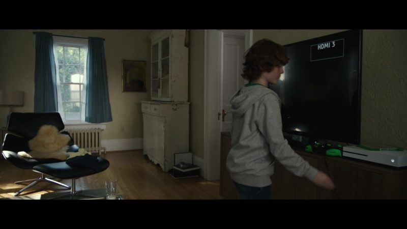 Xbox Console in The Silence (2019) - Movie Product Placement