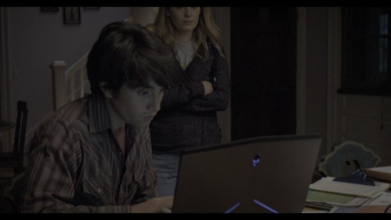 Alienware Notebook Used by José Julián in The Society - Season 1, Episode 3, Childhood's End (2019) - TV Show Product Placement
