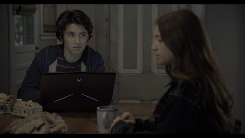 Alienware Notebook Used by José Julián in The Society - Season 1, Episode 6, Like A F-ing God or Something (2019) - TV Show Product Placement