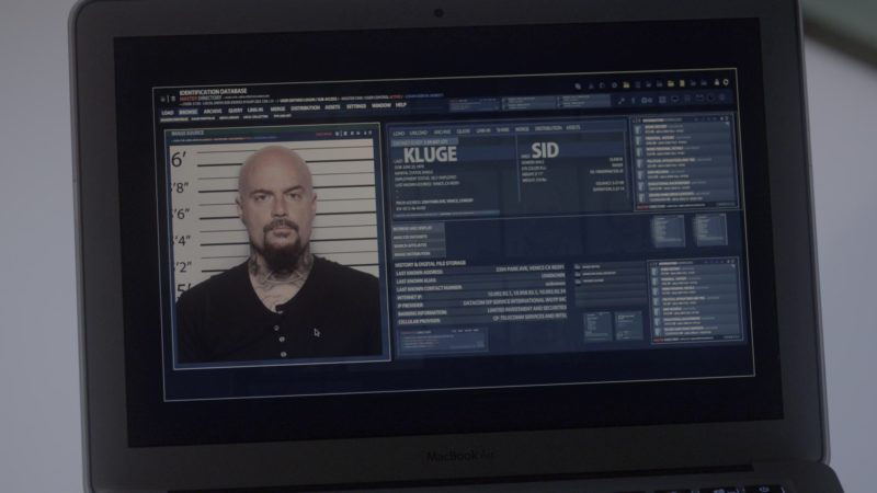 Apple MacBook Air Laptop Used by Lauren German in Lucifer - Season 4, Episode 5, Expire Erect (2019) - TV Show Product Placement