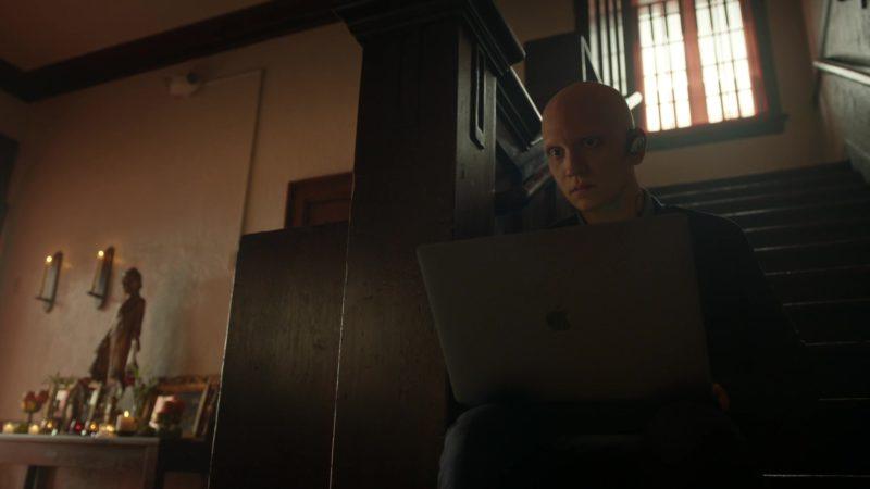 Apple MacBook Laptop Used by Anthony Carrigan (NoHo Hank) in Barry - Season 2, Episode 8, berkman/block (2019) TV Show