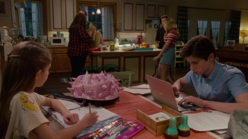 Apple MacBook Laptop Used by Daniel DiMaggio in American Housewife - Season 3, Episode 22, The Dance (2019) - TV Show Product Placement