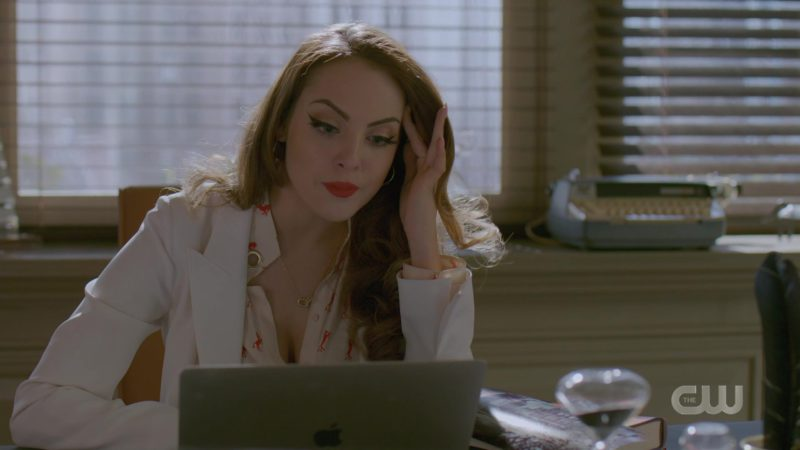 Apple MacBook Laptop Used by Elizabeth Gillies in Dynasty - Season 2, Episode 21, Thicker Than Money (2019) - TV Show Product Placement