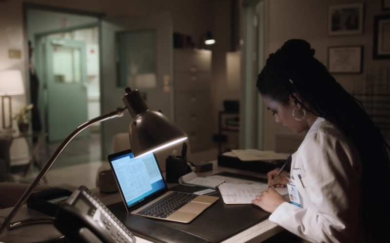 Apple MacBook Laptop Used by Freema Agyeman in New Amsterdam (1)