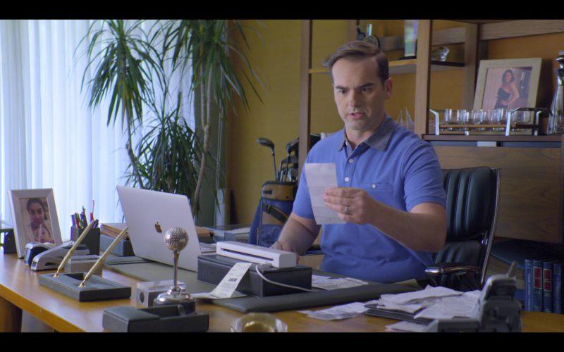 Apple MacBook Laptop Used by Jeff Meacham in Malibu Rescue (1)