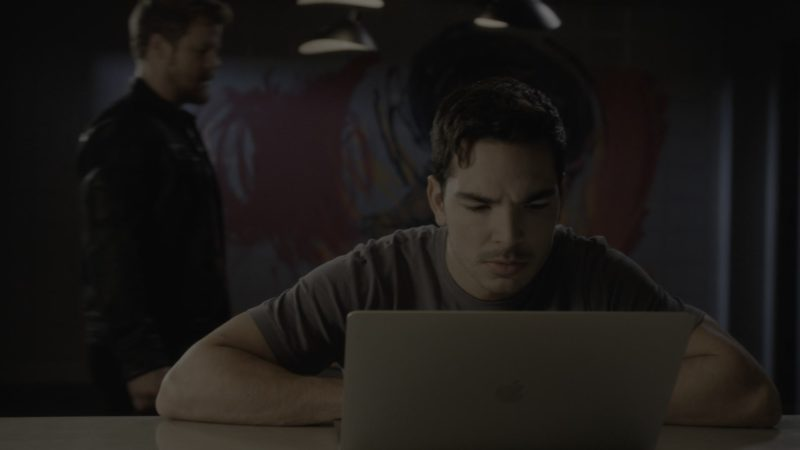 Apple MacBook Laptop Used by Juan Castano in What/If - Season 1, Episode 7, What Ghosts (2019) - TV Show Product Placement