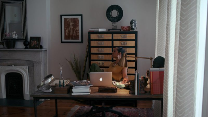 Apple MacBook Laptop Used by Margot Bingham in She's Gotta Have It - Season 2, Episode 1, #I'mFeelingMyFeelings (2019) - TV Show Product Placement