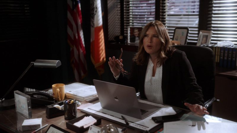 Apple MacBook Laptop Used by Mariska Hargitay in Law & Order: Special Victims Unit - Season 20, Episode 24, End Game (2019) - TV Show Product Placement
