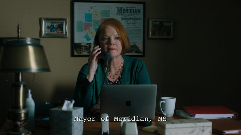 Apple MacBook Laptop in Billions - Season 4 Episode 9, American Champion (2019) - TV Show Product Placement