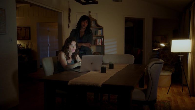 Apple MacBook Pro Laptop Used by Robin Tunney in The Fix – Season 1, Episode 9, Jeopardy! (2019) - TV Show Product Placement