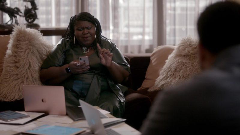 Apple Macbook Laptop and iPhone Smartphone Used by Gabourey Sidibe in Empire - Season 5, Episode 17, My Fate Cries Out (2019) - TV Show Product Placement