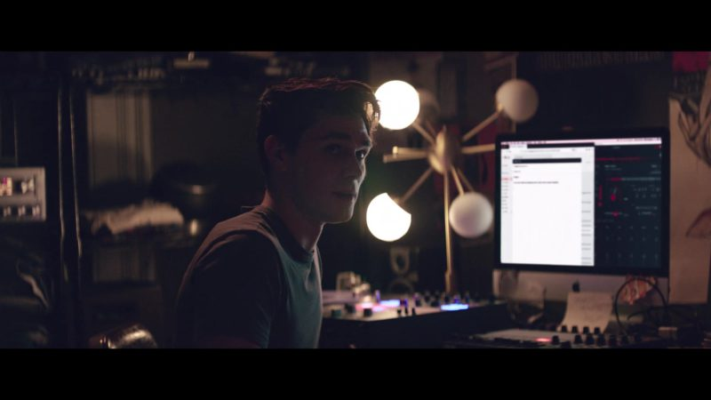 Apple iMac Computer Used by KJ Apa in The Last Summer (2019) - Movie Product Placement