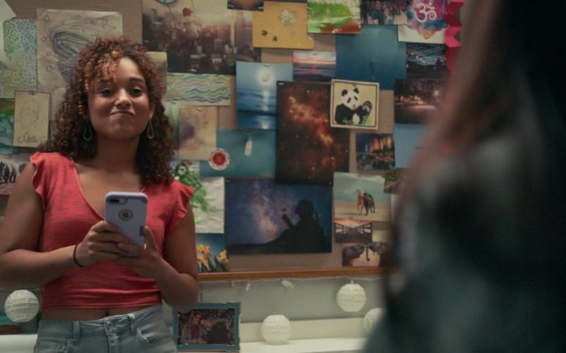 Apple iPhone Smartphone Used by Trina LaFargue in Five Feet Apart