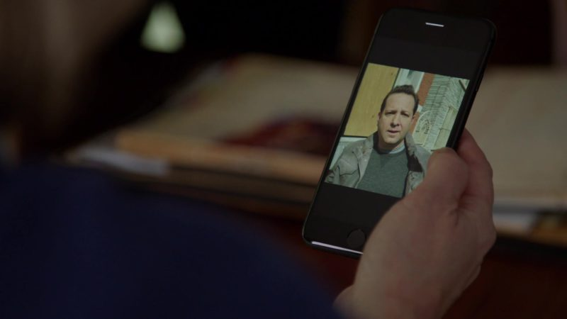 Apple iPhone Smartphone in Chicago Fire - Season 7, Episode 21, The White Whale (2019) - TV Show Product Placement