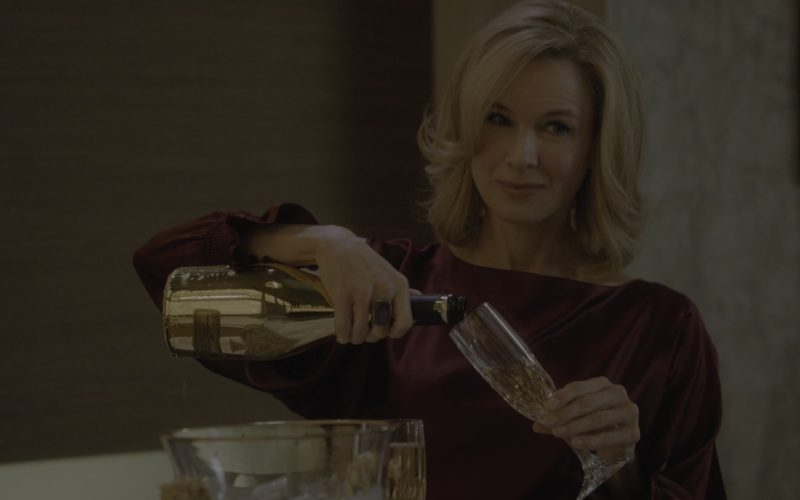 Armand de Brignac Brut Gold Champagne Held by Renée Zellweger in WhatIf (4)