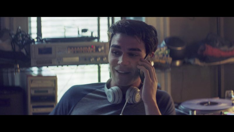 Beats Headphones Used by KJ Apa in The Last Summer (2019) - Movie Product Placement