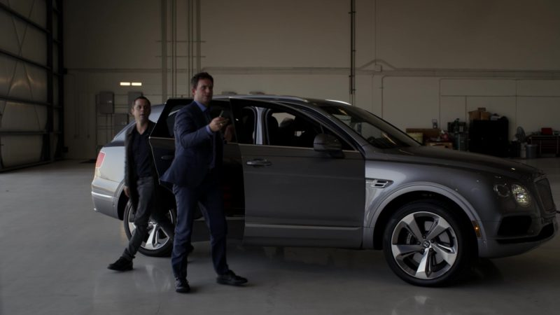 Bentley Bentayga SUV in Sneaky Pete - Season 3, Episode 5 (2019) - TV Show Product Placement