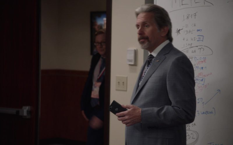 Blackberry Smartphone Used by Gary Cole in Veep