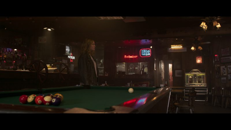 Budweiser and Miller Lite Beer Neon Signs in Captain Marvel (2019) - Movie Product Placement