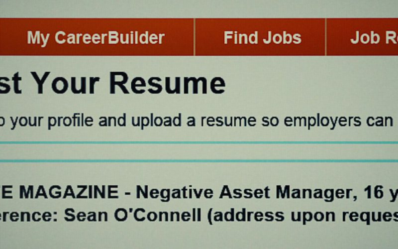 CareerBuilder Online Employment Website in The Secret Life of Walter Mitty (1)