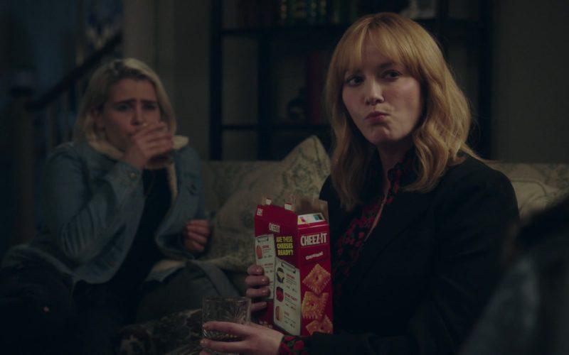 Cheez-It Crackers Held by Christina Hendricks in Good Girls (2)