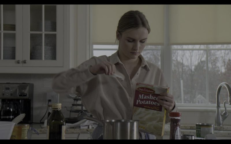 Chef's Cupboard Mashed Potatoes Held by Olivia DeJonge in The Society (3)