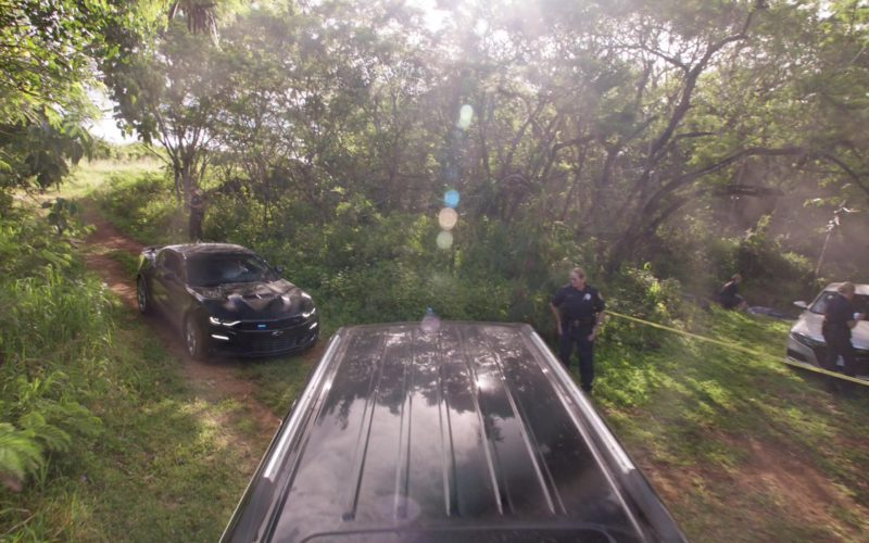 Chevrolet Camaro Black Pony Car in Hawaii Five-0 – Season 9, Episode 23