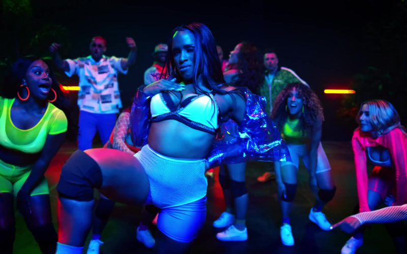 Chris Brown – Wobble Up (Official Video) ft. Nicki Minaj, G-Eazy-1080 1977