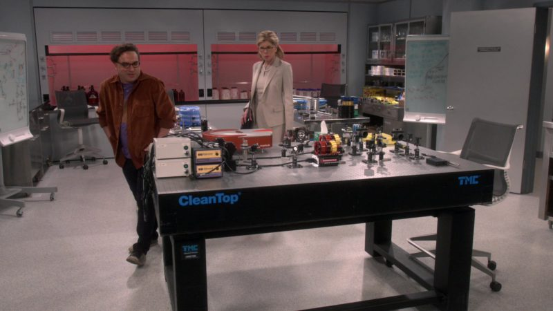 CleanTop TMC Table in The Big Bang Theory - Season 12, Episode 22, The Maternal Conclusion (2019) - TV Show Product Placement