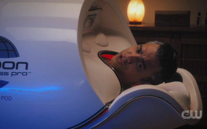Cocoon Fitness Pod Used by Jaime Camil in Jane the Virgin (1)