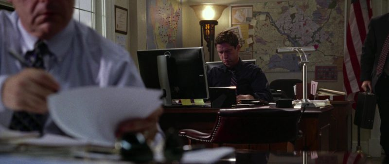 Dell All-In-One Computer Used by Gerard Butler in Olympus Has Fallen (2013) - Movie Product Placement
